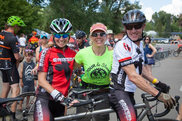Katie Lindquist with tandem riders